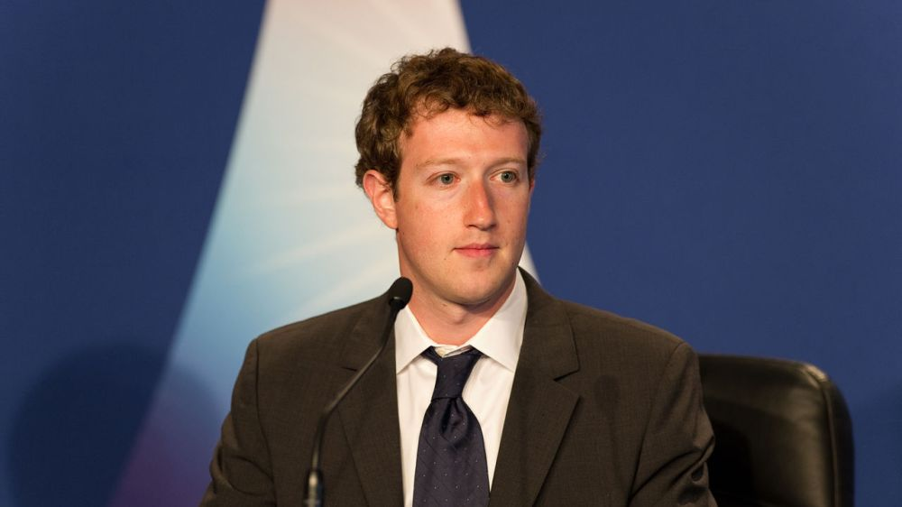 3030612-poster-1280-mark-zuckerberg-30
